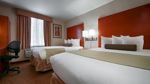 https://www.hotelsbyday.com/_data/default-hotel_image/0/1489/910807-92-y.jpg
