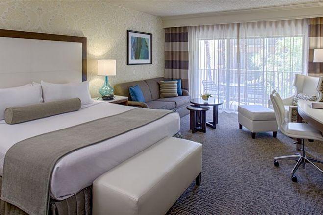 Crowne Plaza Phoenix-Chandler Golf Resort