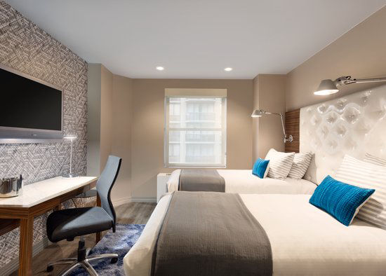 https://www.hotelsbyday.com/_data/default-hotel_image/0/2965/gallery-tryp-new-york-times-square-rooms-tryp-ny-times-square-2twins.jpg