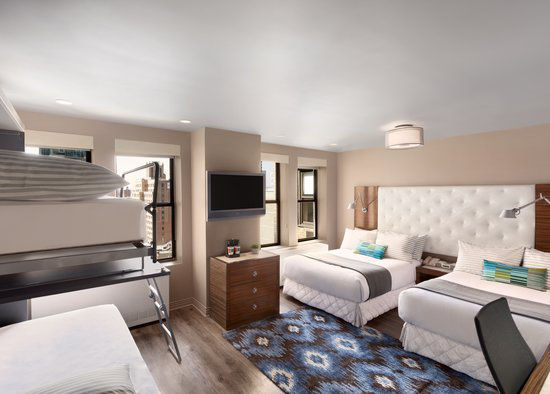 https://www.hotelsbyday.com/_data/default-hotel_image/0/2967/gallery-tryp-new-york-times-square-rooms-tryp-ny-times-square-family-suite.jpg