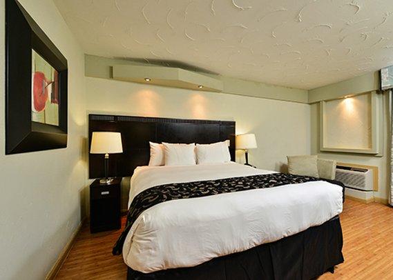 https://www.hotelsbyday.com/_data/default-hotel_image/0/3022/dsc-1768-p.jpg