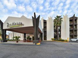 Radisson Hotel Baton Rouge, Baton Rouge