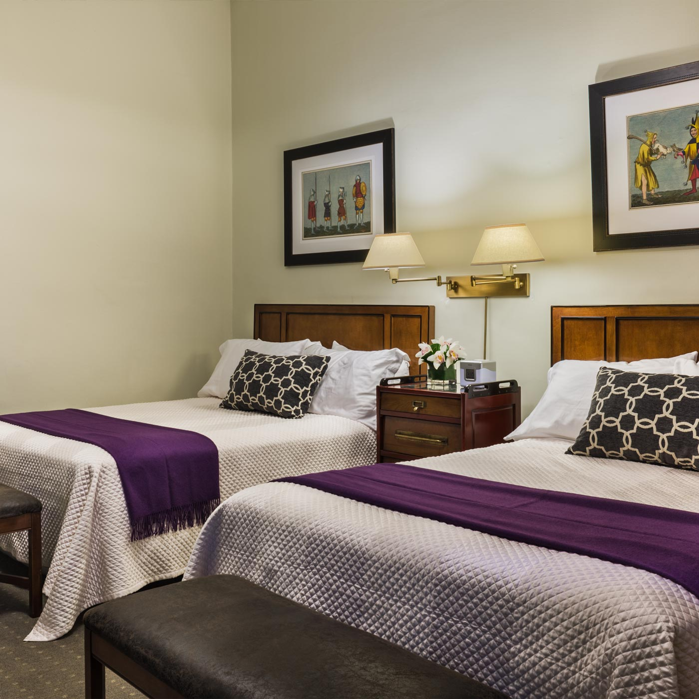 https://www.hotelsbyday.com/_data/default-hotel_image/0/310/seton-hotel-double.jpg