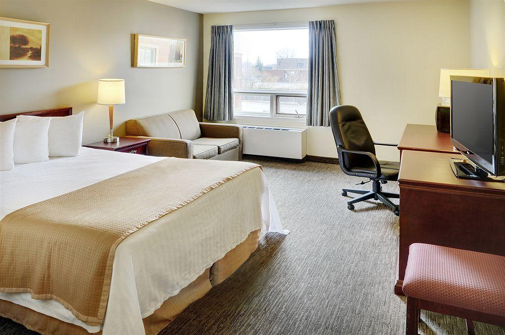 https://www.hotelsbyday.com/_data/default-hotel_image/0/3560/426206-67-z.jpg