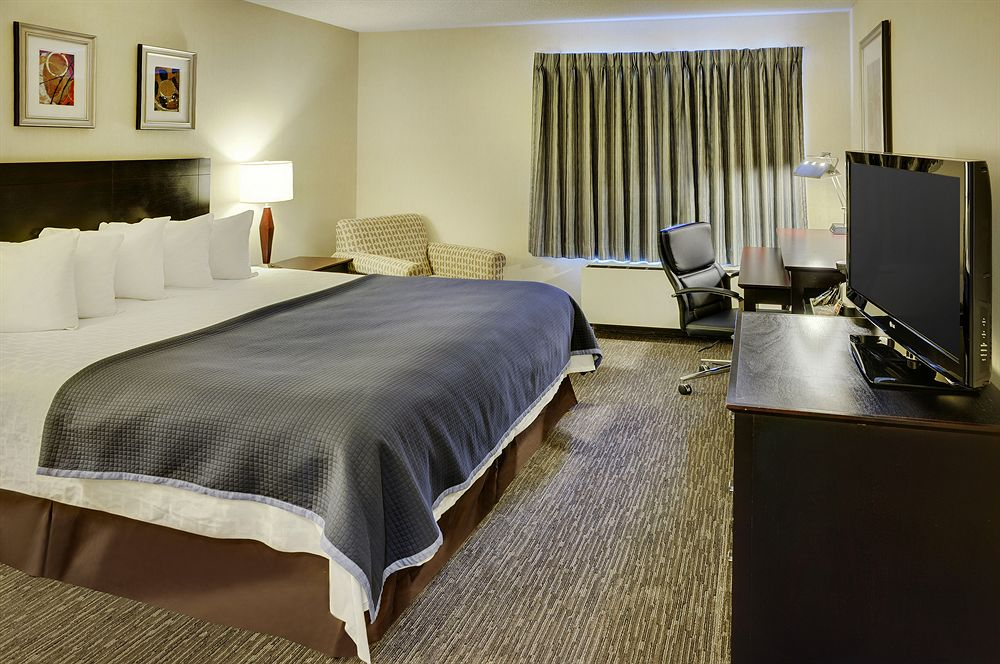 https://www.hotelsbyday.com/_data/default-hotel_image/0/3562/426206-68-z.jpg