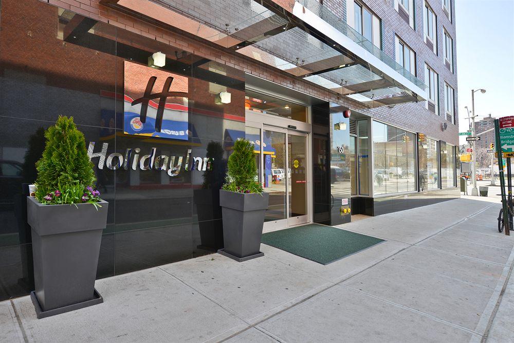 https://www.hotelsbyday.com/_data/default-hotel_image/0/3906/5148566-118-z.jpg