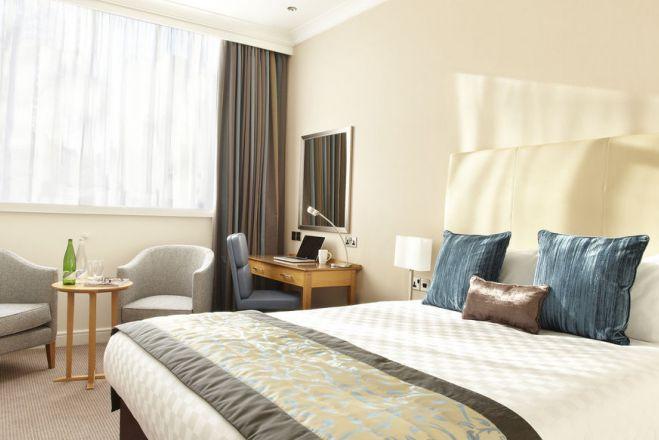 Thistle Euston Hotel
