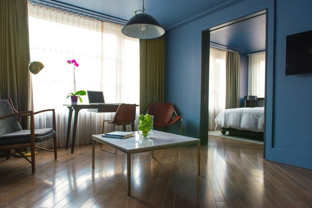 https://www.hotelsbyday.com/_data/default-hotel_image/0/4502/10635869-20-z.jpg