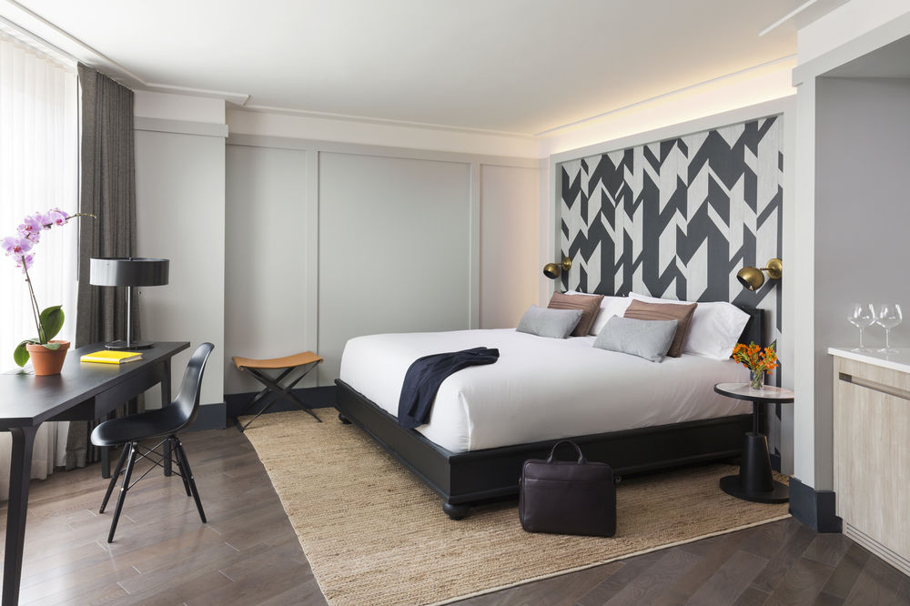 https://www.hotelsbyday.com/_data/default-hotel_image/0/4505/10635869-22-z.jpg