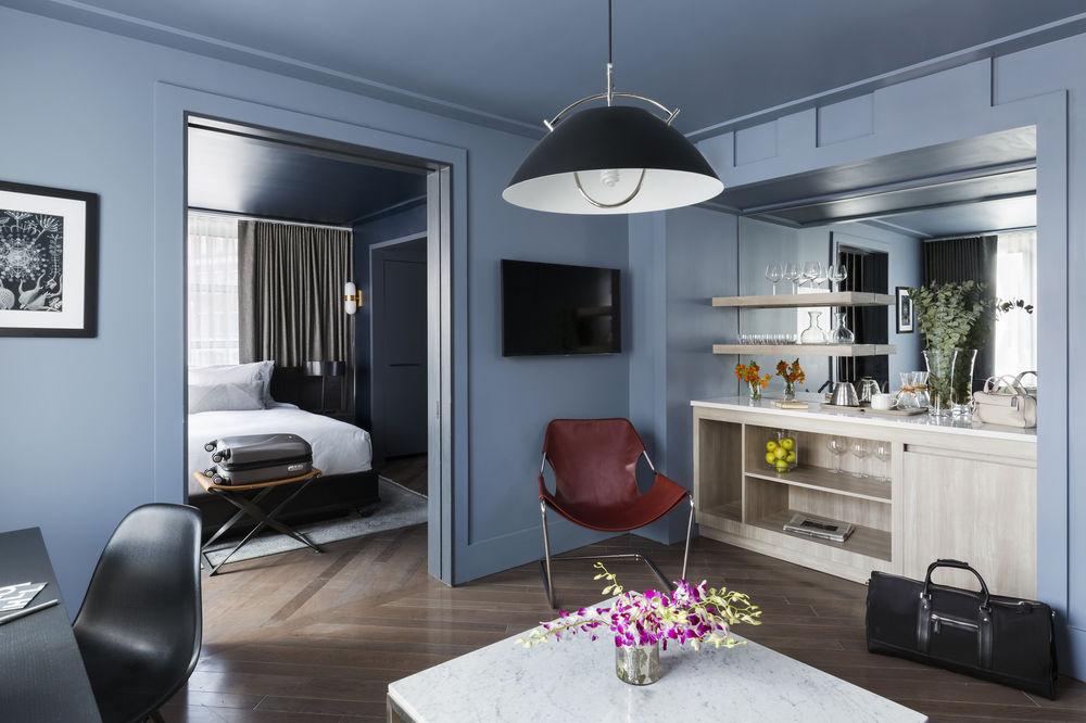 https://www.hotelsbyday.com/_data/default-hotel_image/0/4506/10635869-23-z.jpg