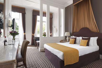 Thistle Hyde Park Hotel, London