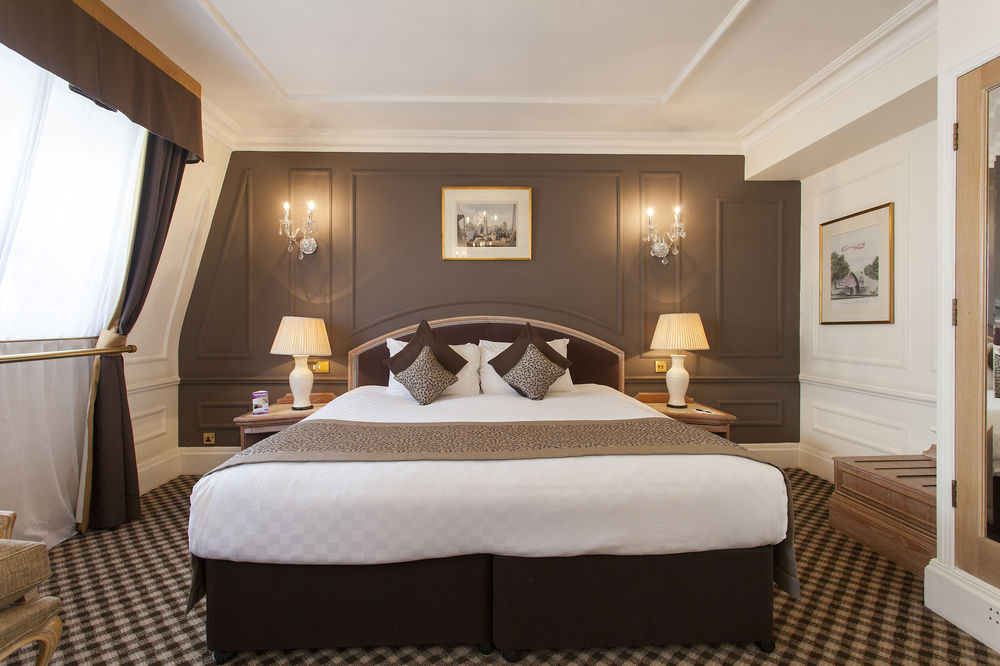https://www.hotelsbyday.com/_data/default-hotel_image/0/4548/12332-63-z.jpg