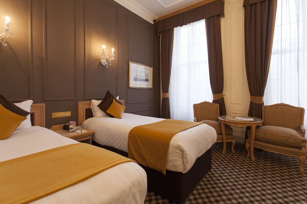 https://www.hotelsbyday.com/_data/default-hotel_image/0/4552/12332-102-z.jpg