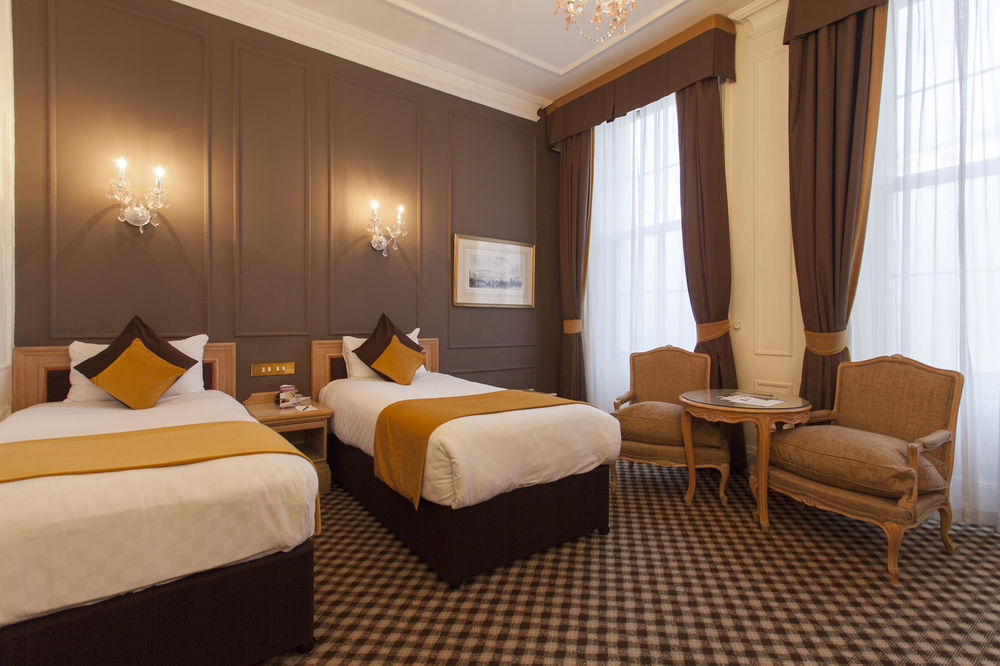 https://www.hotelsbyday.com/_data/default-hotel_image/0/4553/12332-95-z.jpg
