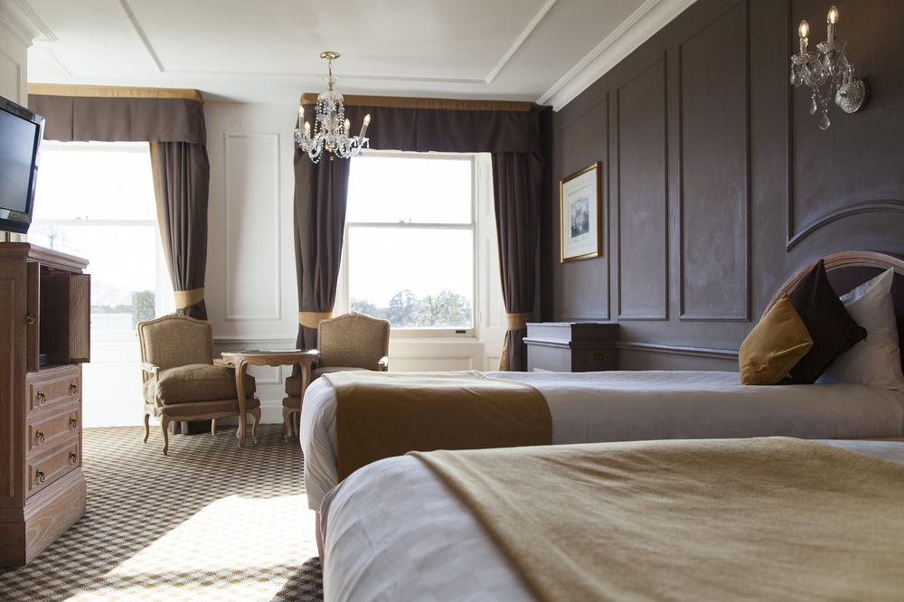 https://www.hotelsbyday.com/_data/default-hotel_image/0/4554/12332-59-z.jpg