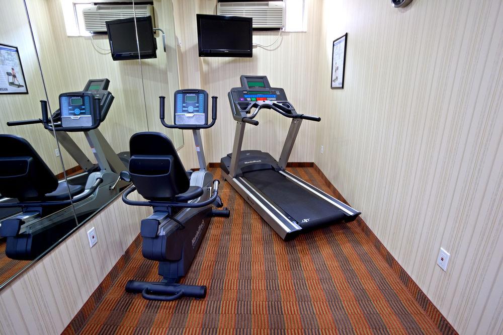 https://www.hotelsbyday.com/_data/default-hotel_image/0/4629/80961-247-z.jpg