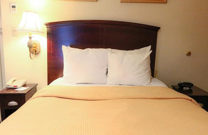 https://www.hotelsbyday.com/_data/default-hotel_image/0/4674/eab0770385233a5c9dbc83f427a4f2be.jpg