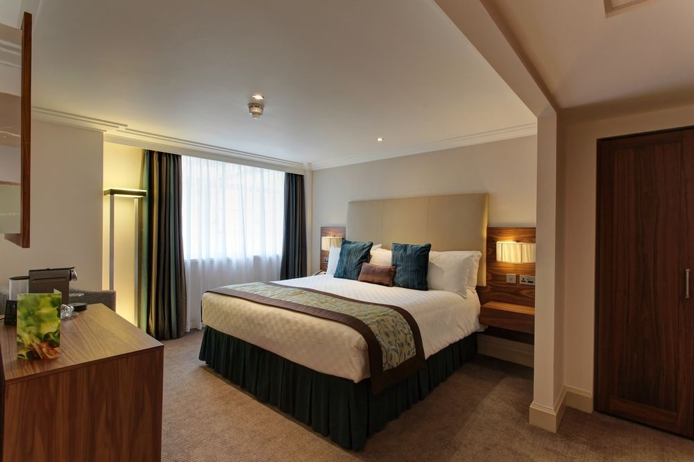 https://www.hotelsbyday.com/_data/default-hotel_image/0/4790/8704-262-z.jpg