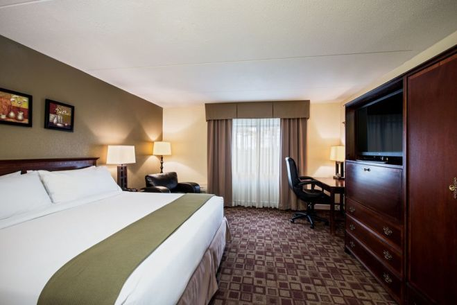 Holiday Inn Express Rolling Meadows-Schaumburg