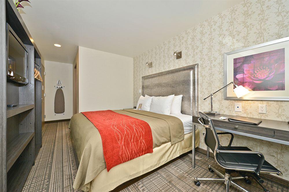 https://www.hotelsbyday.com/_data/default-hotel_image/0/4928/5232871-44-z.jpg