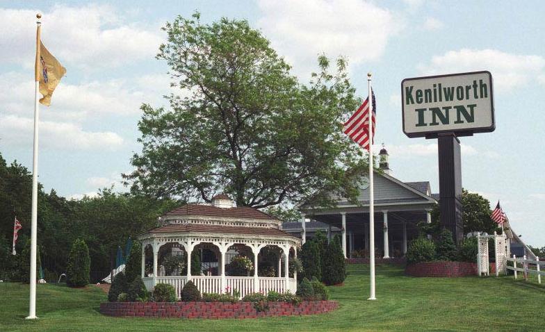 https://www.hotelsbyday.com/_data/default-hotel_image/0/89/kenilworth-inn-new-jersey-5.png