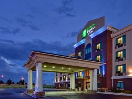 Hotel Holiday Inn Express & Suites Medicine Hat image