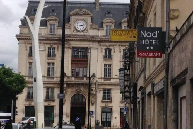 Hotel Nad