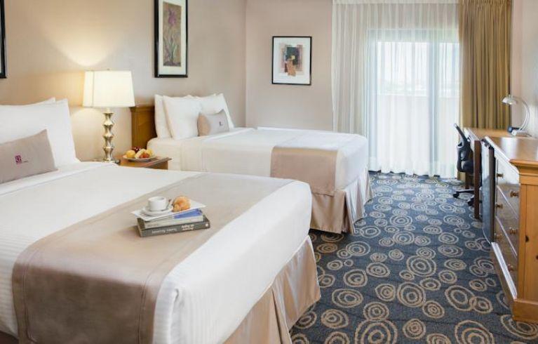 Regency Hotel Miami, Miami