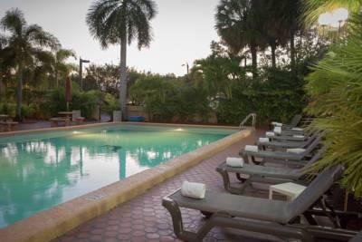 https://www.hotelsbyday.com/_data/default-hotel_image/1/5338/regency-hotel-5.jpg