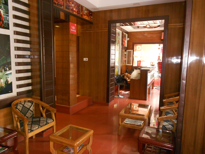https://www.hotelsbyday.com/_data/default-hotel_image/1/5516/ico-240-hotel-krishna-ji-4-mar-2016-6.jpg