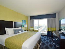 Best Western Plus LaGuardia Airport Hotel, New York