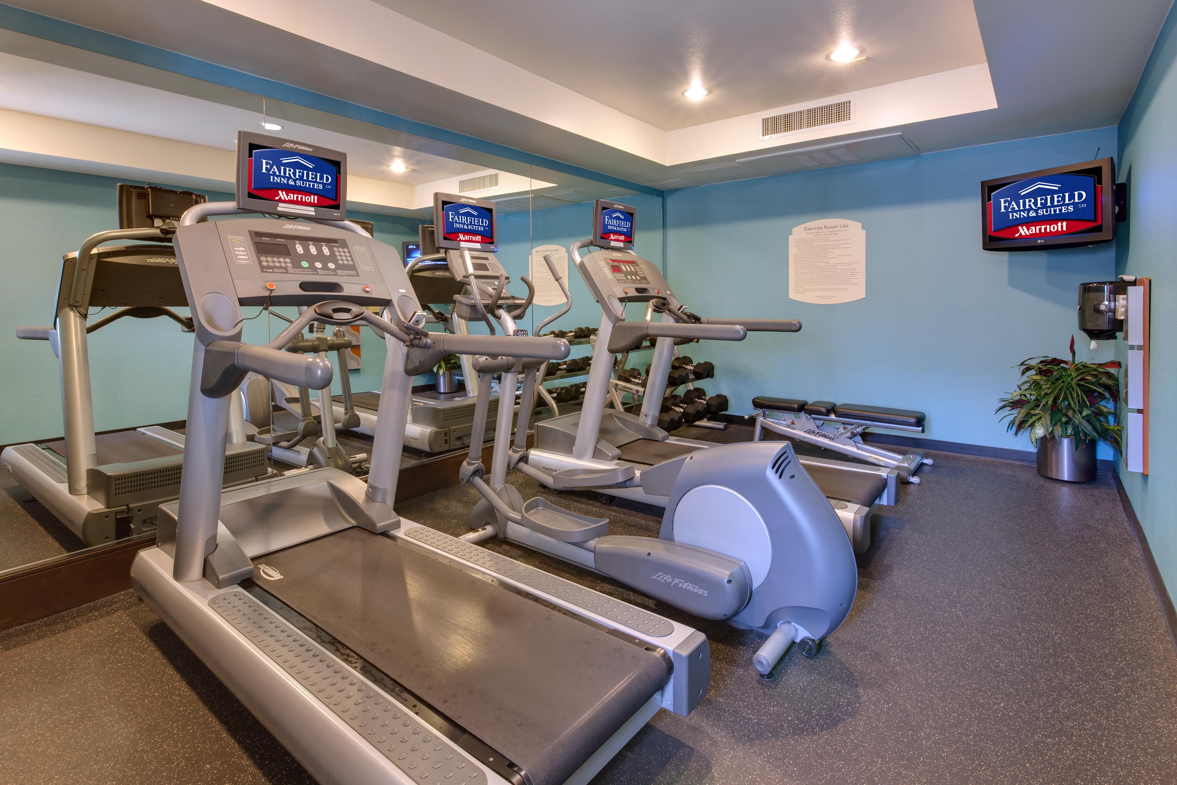 https://www.hotelsbyday.com/_data/default-hotel_image/1/6267/sfome-fitness-room-2.jpg