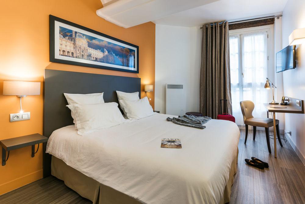 https://www.hotelsbyday.com/_data/default-hotel_image/1/6278/paris4.jpg