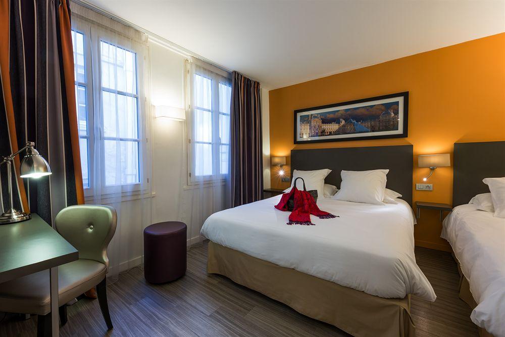 https://www.hotelsbyday.com/_data/default-hotel_image/1/6280/paris1.jpg