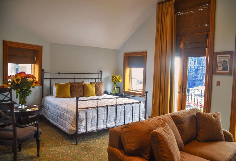 https://www.hotelsbyday.com/_data/default-hotel_image/1/6399/1462232-276-z.jpg