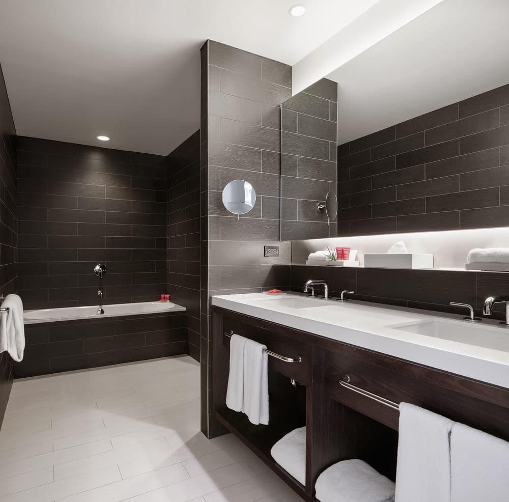https://www.hotelsbyday.com/_data/default-hotel_image/1/6959/f445830b-z.jpg