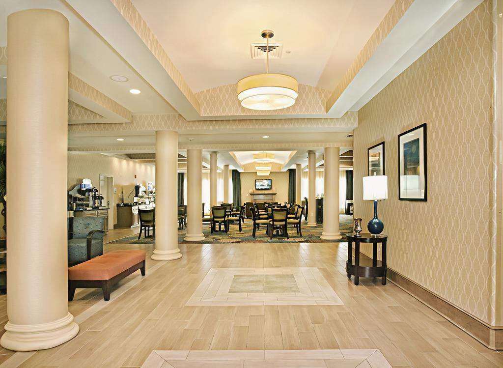 https://www.hotelsbyday.com/_data/default-hotel_image/1/7447/46541445.jpg