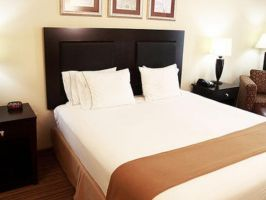 Holiday Inn Express & Suites Shreveport - West, Shreveport