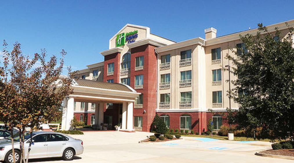 https://www.hotelsbyday.com/_data/default-hotel_image/1/7450/16309319.jpg