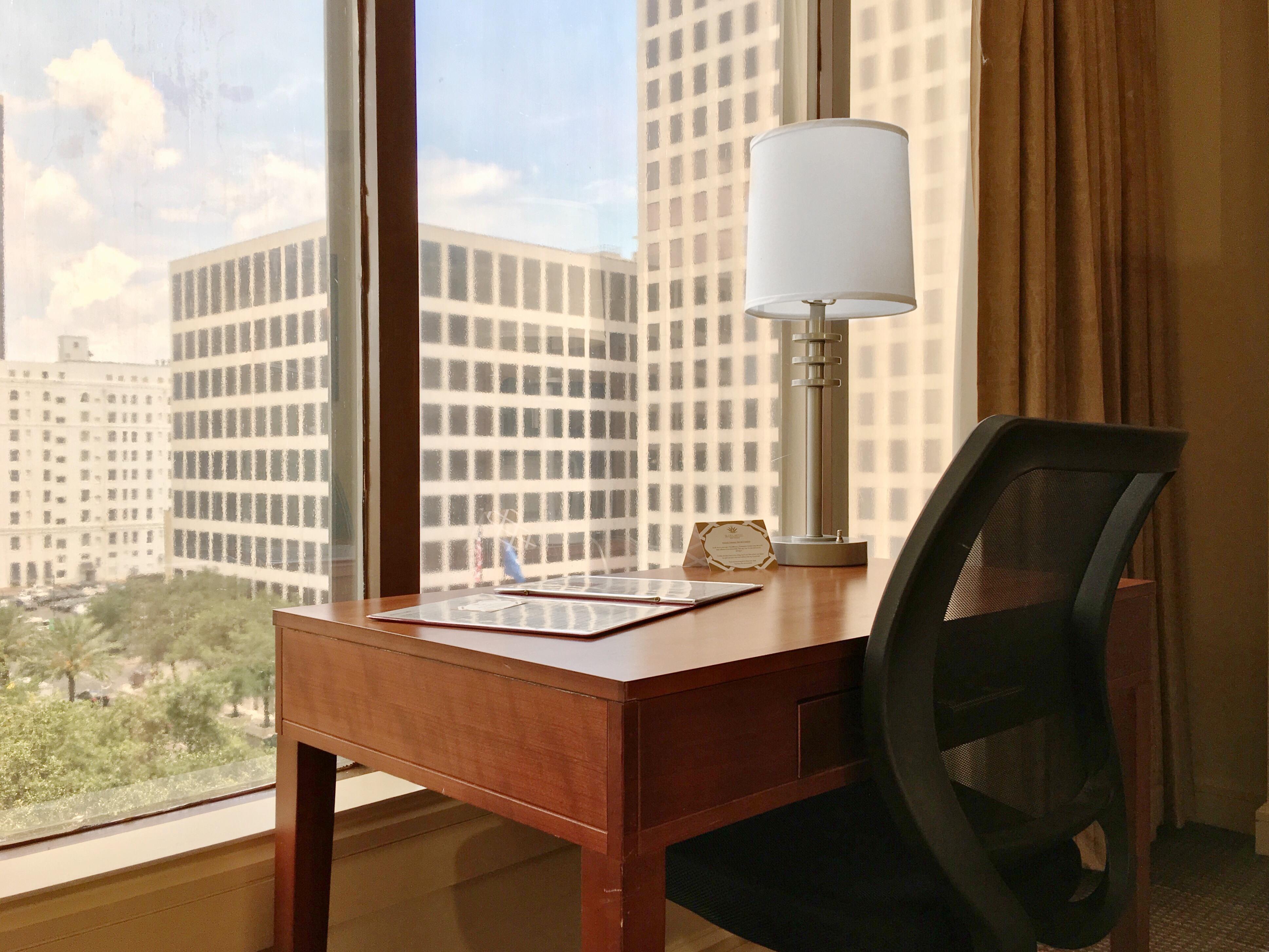 https://www.hotelsbyday.com/_data/default-hotel_image/1/7460/v-n-vn.jpg