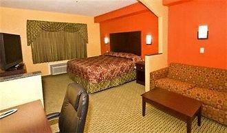 https://www.hotelsbyday.com/_data/default-hotel_image/1/7676/3048544-39-b.jpg