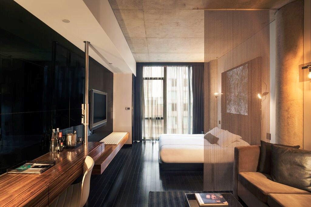 https://www.hotelsbyday.com/_data/default-hotel_image/1/7759/sixty-les-3.jpg