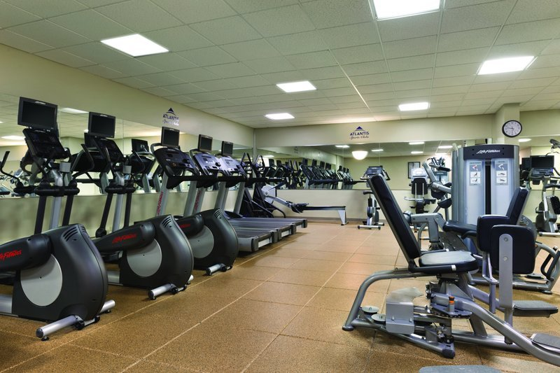 https://www.hotelsbyday.com/_data/default-hotel_image/1/7776/fitness-center.jpg