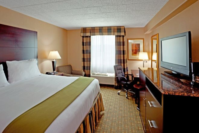 Holiday Inn Express North Bergen - Lincoln Tunnel