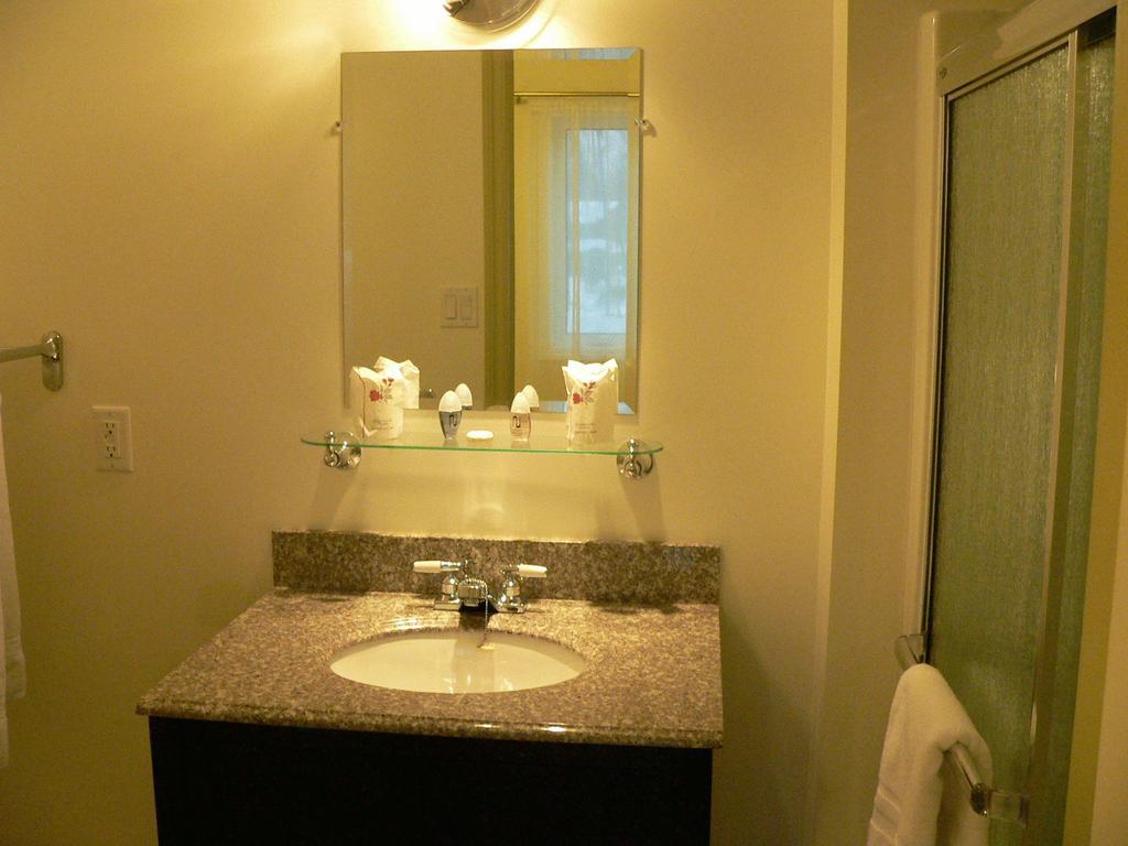https://www.hotelsbyday.com/_data/default-hotel_image/1/7940/5809-48604.jpg