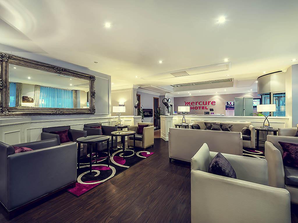 https://www.hotelsbyday.com/_data/default-hotel_image/1/8151/8064-ho-02-p-1024x768.jpg