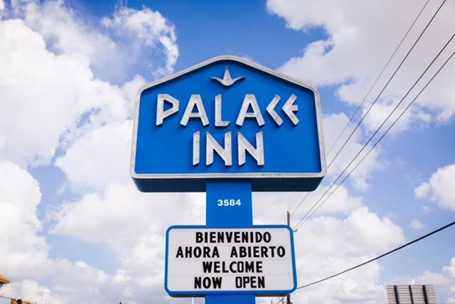 https://www.hotelsbyday.com/_data/default-hotel_image/1/8330/img-4124.jpg