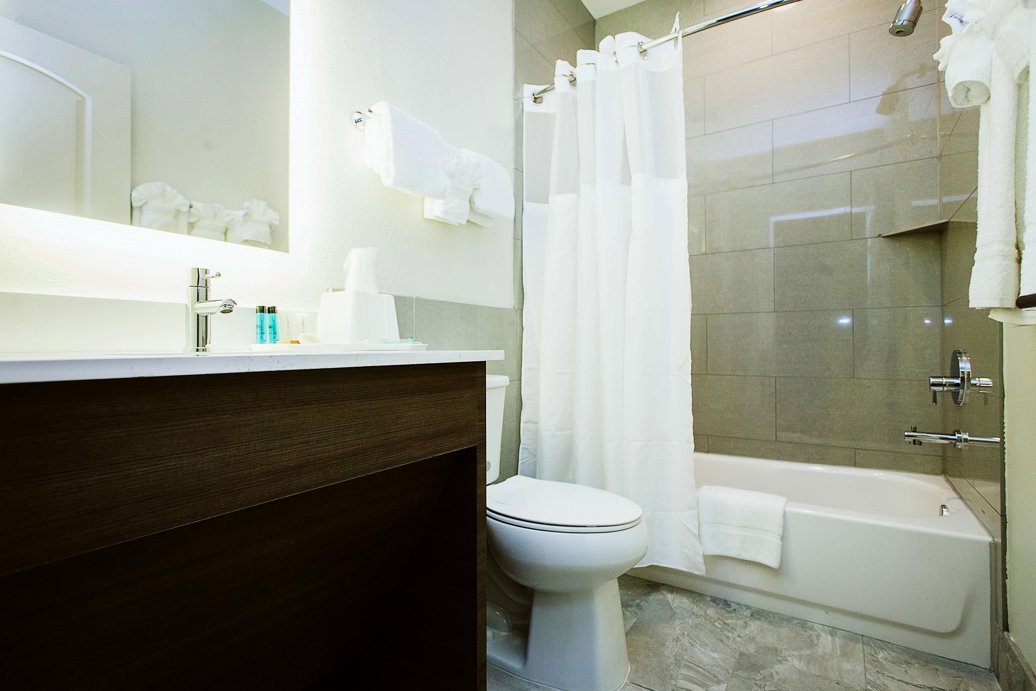 https://www.hotelsbyday.com/_data/default-hotel_image/1/8354/img-3693bw.jpg