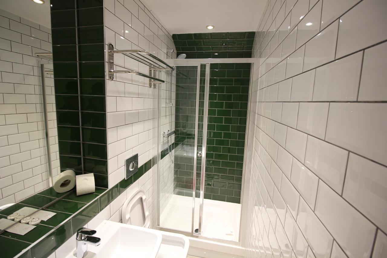 https://www.hotelsbyday.com/_data/default-hotel_image/1/8610/103637093.jpg