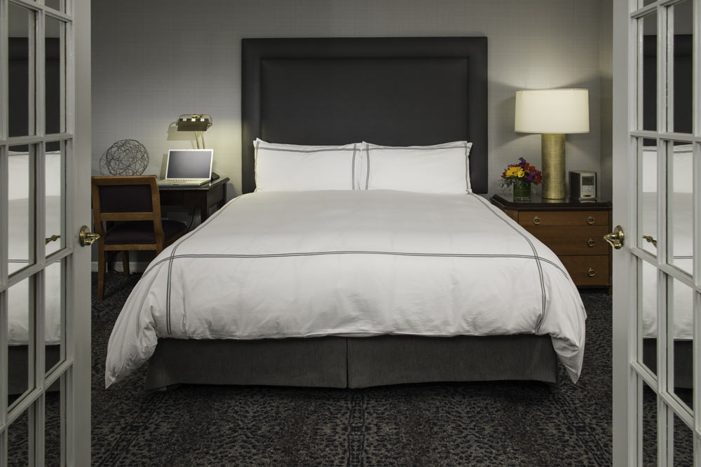 https://www.hotelsbyday.com/_data/default-hotel_image/1/8793/r2.jpg